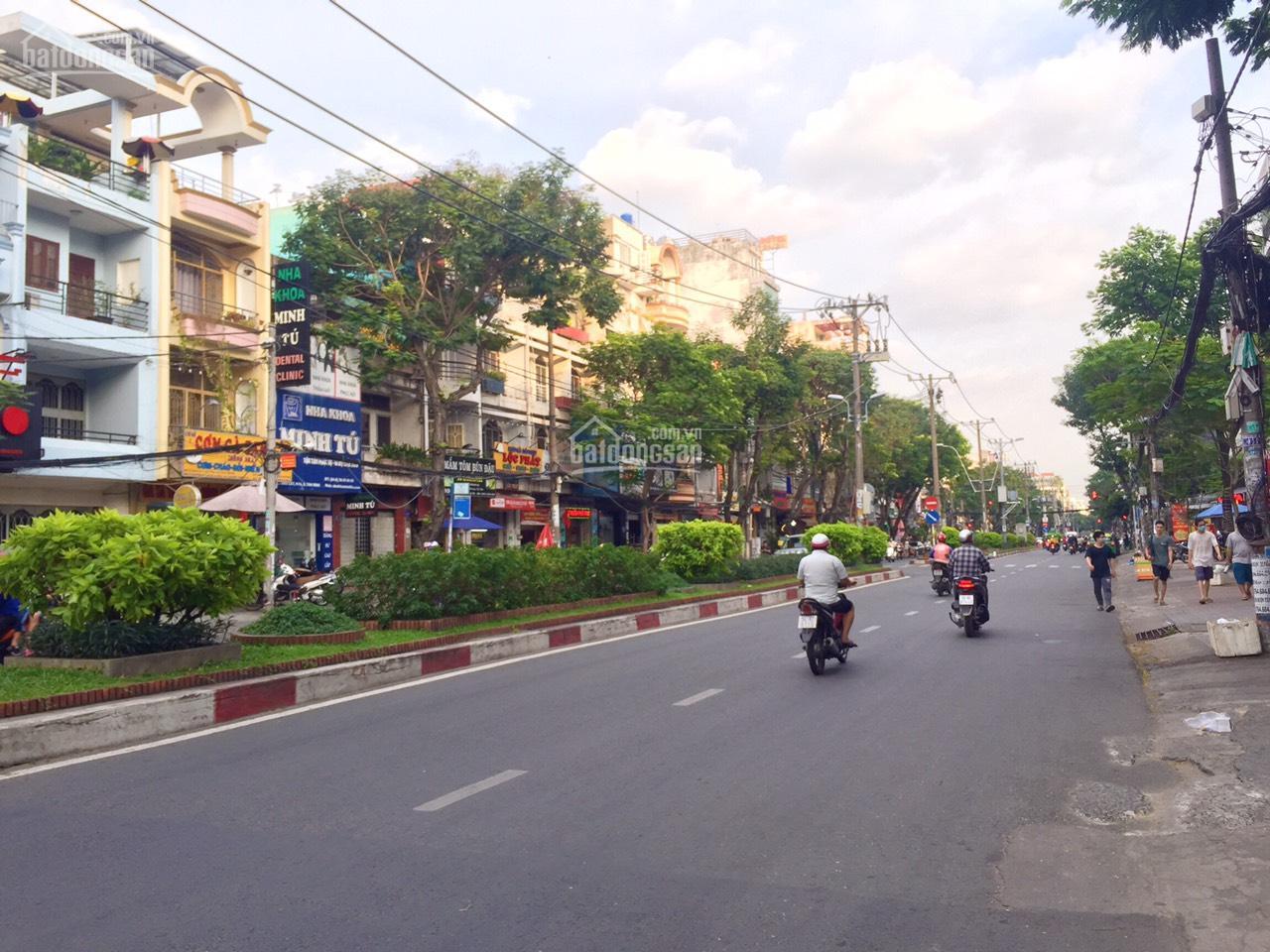 Bán nhà góc 2 mặt tiền Bàu Cát, Phường 14, Tân Bình; 8 x 14m, vị trí đẹp