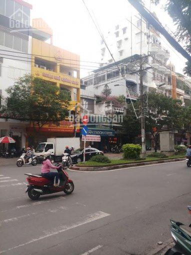 Bán nhà mặt tiền 30m Bàu Cát Đôi, P.14, Tân Bình; 4 x 28m, 3 lầu, vị trí đẹp, giá tốt