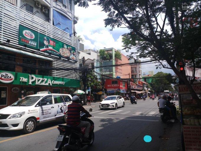 Bán nhà mặt tiền Bàu Cát 7, Phường 14, Tân Bình; 8 x 18m, 3 lầu, có thang máy, nhà đẹp, giá 25 tỷ