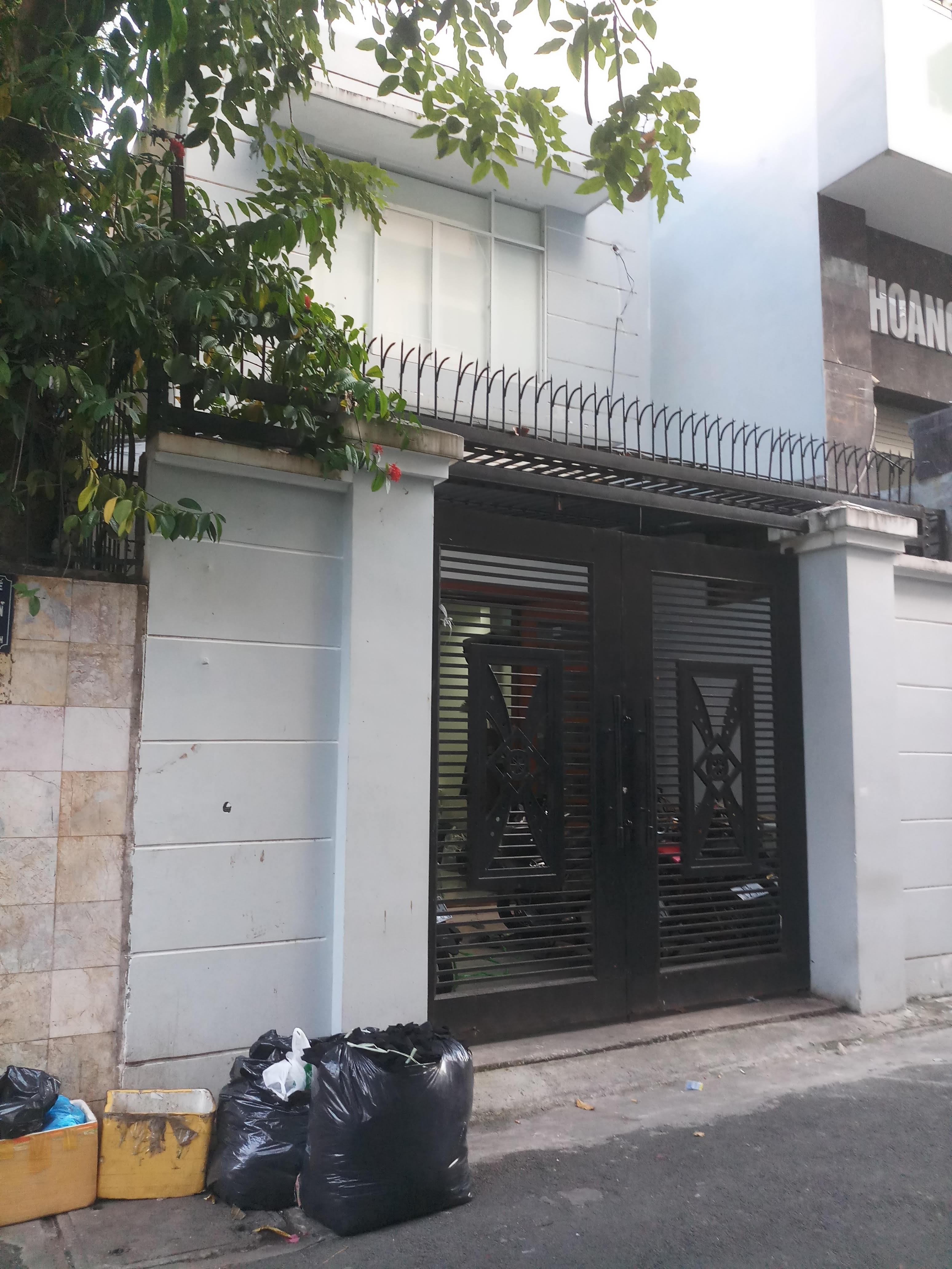 Cho thuê nguyên căn góc 2 mặt tiền Bế Văn Đàn, P.14, Tân Bình; 4x18m, 2 lầu, giá 28 triệu