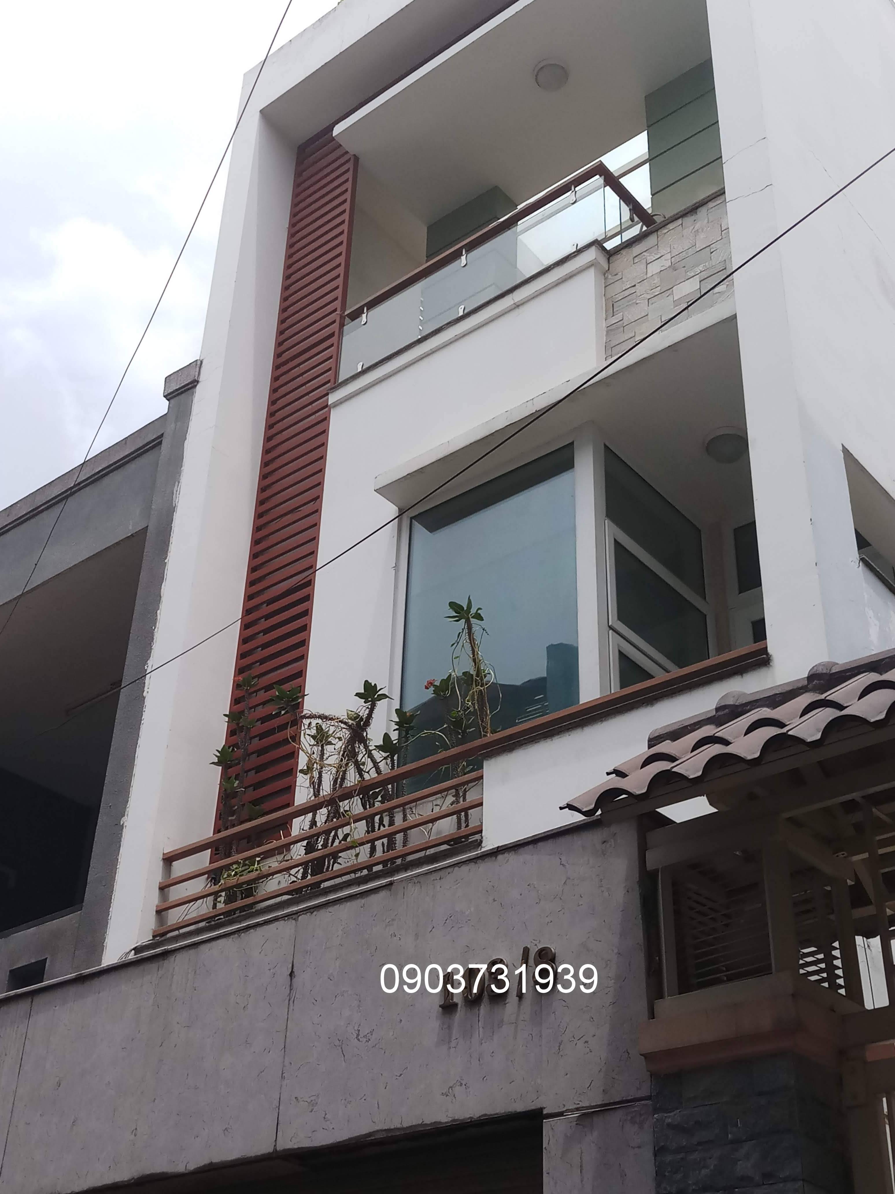 Cho thuê nguyên căn nhà mới, mặt tiền Bàu Cát 3, P.14, Tân Bình; 4x14m, 3 lầu - 25 triệu