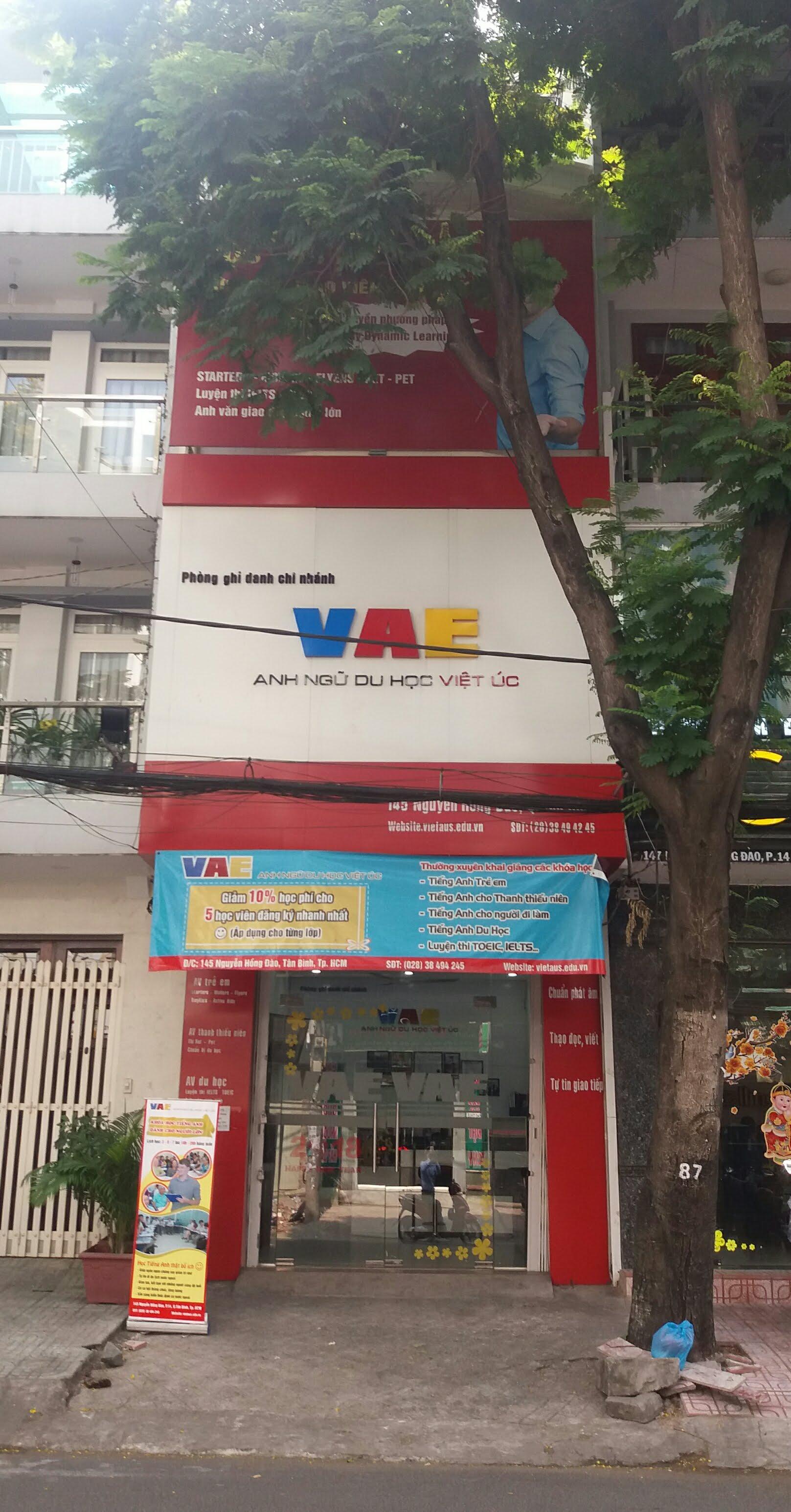 Cho thuê nhà Mặt tiền Nguyễn Hồng Đào, Phường 14, Tân Bình, tiện kinh doanh, 4x17m, 3 lầu